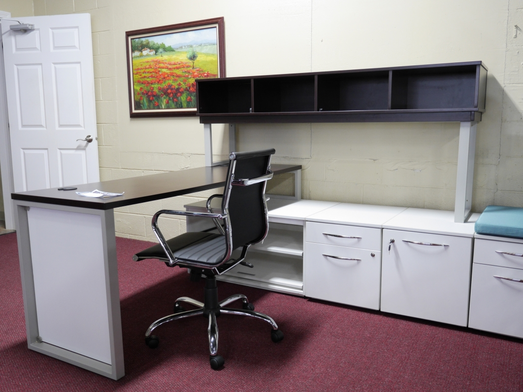 ergonomics chair in a modern single desk station setting