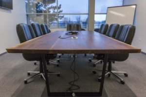 Live flat edge table
